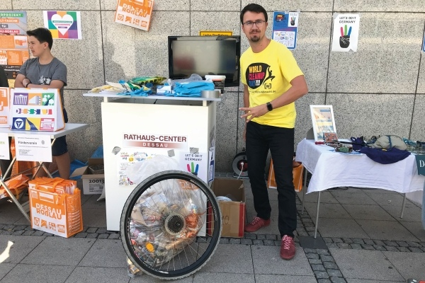 Sammelstation zum World Cleanup Day